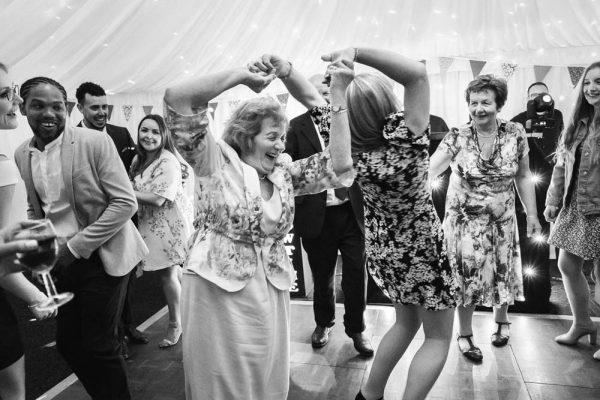 wedding photographer surrey and hampshire