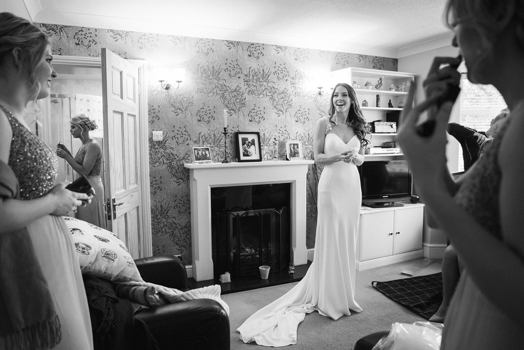 final moments before bridal party leave home